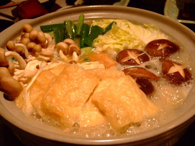 Mのディナー コラーゲンたっぷりの鶏鍋 新地上通 「かこい山」