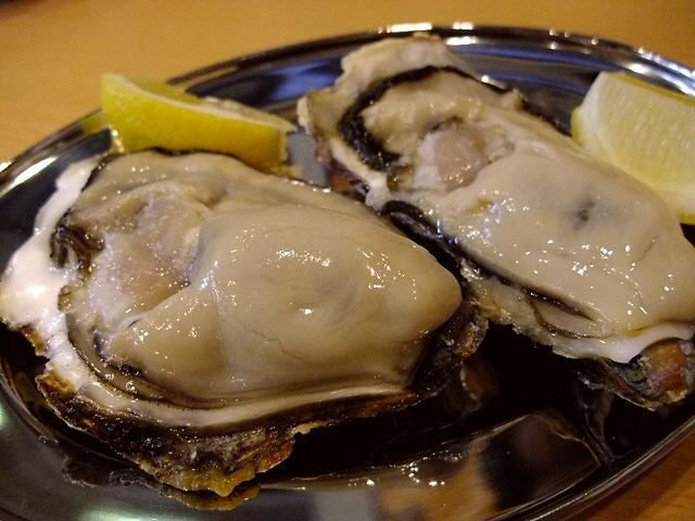 Mのディナー 年間を通じて最高品質の日生産牡蠣がいただけます! 阿倍野 「鉄板居酒屋 牡蠣 やまと」