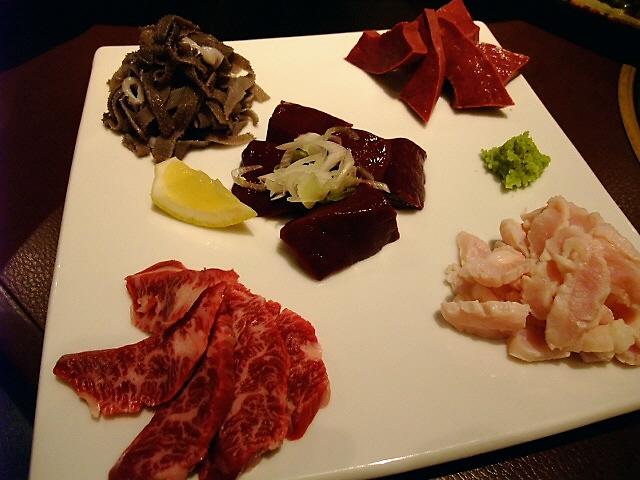 Mのディナー 肉・肉・肉~~~   兵庫県 「ポッサムチプ」