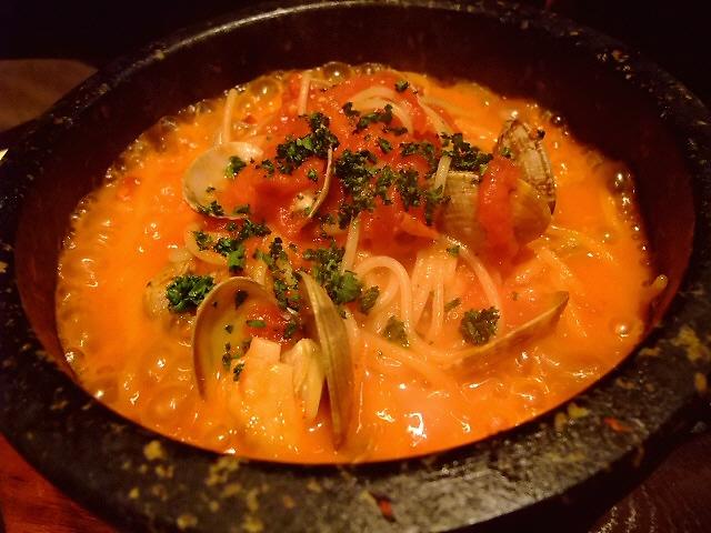 Mのディナー 雰囲気の良い隠れ家のようなイタリアンダイニング 「葡萄酒と伊飯処 シモーネ」