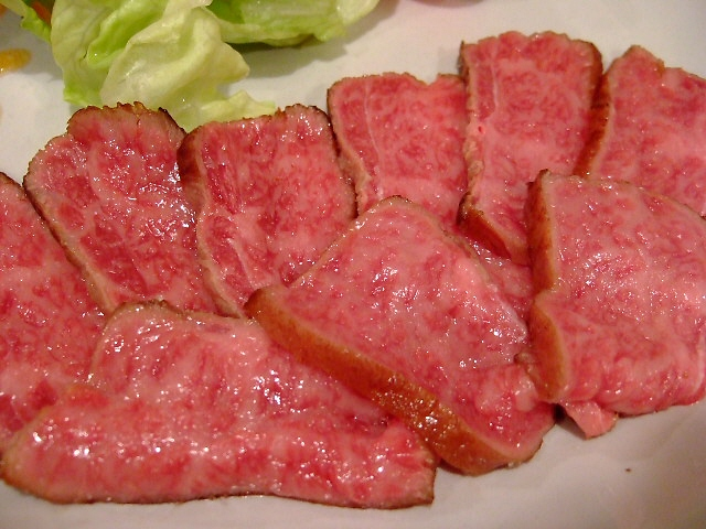 Mのディナー 旨いのはお肉だけではありません! 西成区 「Revo」