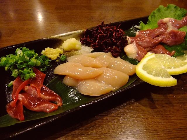 Mのディナー 名店と同じ鶏料理が食べられるとても元気な焼鳥屋さん 江坂 「おちば屋」