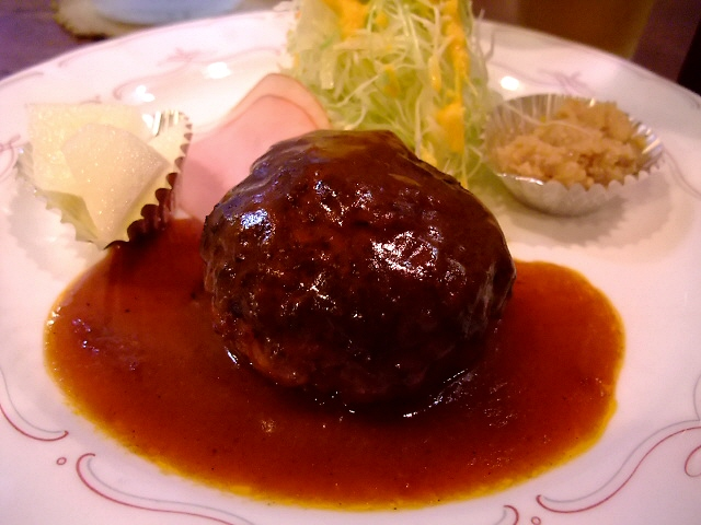 Mのディナー 営業形態が変わりました! 神山町 「洋食の店 ア・ラ・カルト」