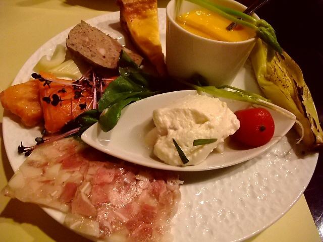 Mのディナー ガッツリ旨いディナーも素晴らしくお値打ちでした! 福島区 「フランス料理 Y'S (ワイズ)」