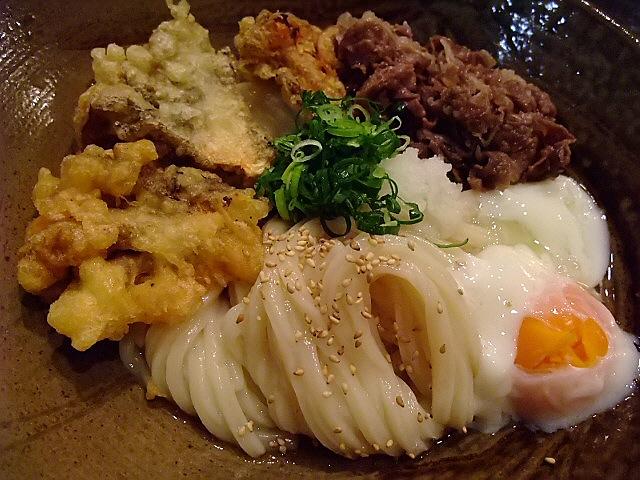 Mのディナー 梅田で踊るうどんが食べられます! 大阪駅前第3ビル 「踊るうどん 梅田店」