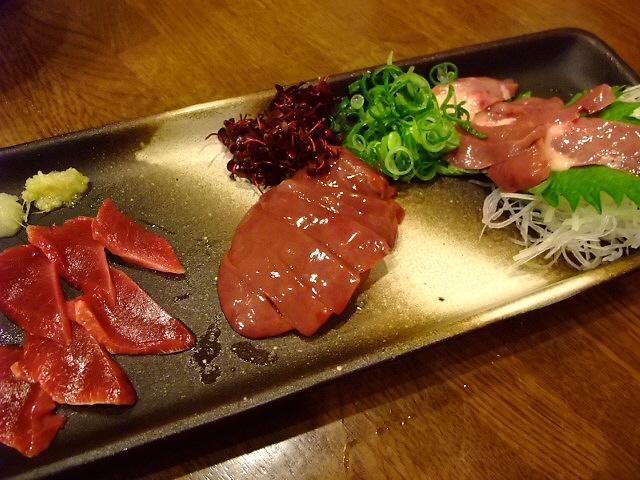 Mのディナー  元気いっぱい!居心地抜群の焼鳥屋さん   江坂  「おちば屋」
