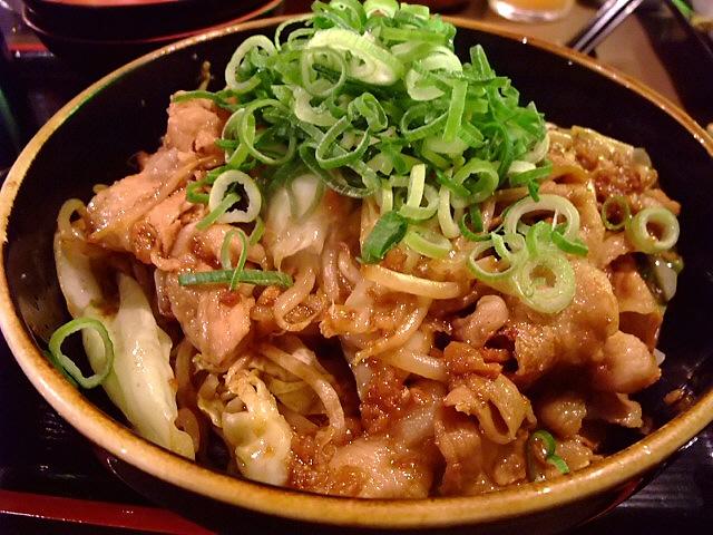 Mのディナー 強烈なインパクトのスタミナそばを食べてきました! 中央区博労町 「宮崎郷土料理 どぎゃん」