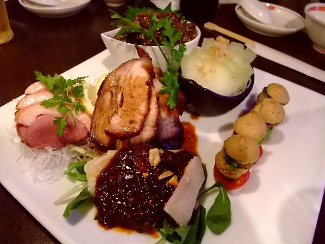 Mのディナー お洒落な空間でいただく本格中華で肉三昧! 神戸市 「海月食堂」