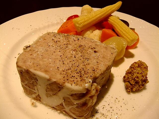 Mのディナー 大人気店の姉妹店で絶品ガッツリ料理がいただけます!  天満橋  「Usakichi(ウサキチ)」