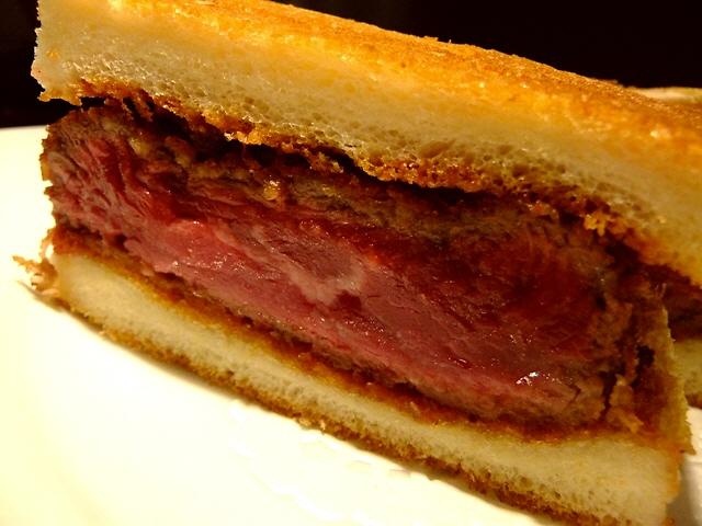 Mのディナー  高級感溢れる空間で贅沢な絶品洋食がいただけます  北新地  「キュイジーヌ ハセガワ」