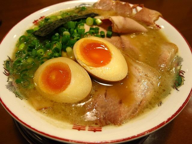 Mのディナー  いつ行っても超満員で大人気の名店  兵庫県加古川市  「新在家ラーメン もんど」