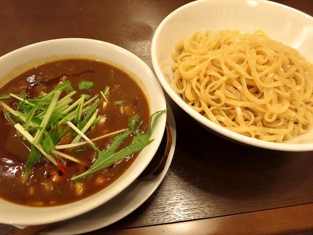 Mのディナー  これは本当にハマる味わいです!  高槻市  「彩色らーめん きんせい 総本家 高槻栄町」