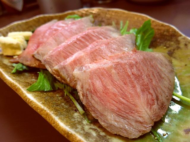 Mのディナー  こだわり素材の料理のレベルが高すぎる立ち飲み屋さん  北区池田町  「かんちゃん」