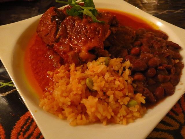 Mのディナー  本格メキシコ料理が食べられる隠れ家  中央区本町橋  「メキシコキッチン × バー mu」
