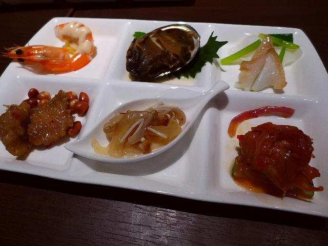 Mのディナー  味良し、接客良し、眺望良し!全てがハイレベルの名中華!  阪急うめだ本店  「銀座アスター 阪急うめだ本店」