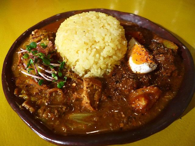 Mのディナー  超本格スパイスカレーがいただけるカレー専門バーにリニューアル!  裏谷四  「currybar nidomi(カレーバー ニドミ)」