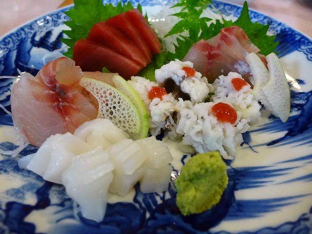 Mのディナー  産地直送の新鮮な魚介類と美味しい料理がリーズナブルにいただけます!  大阪駅前第1ビル  「萬願亭」