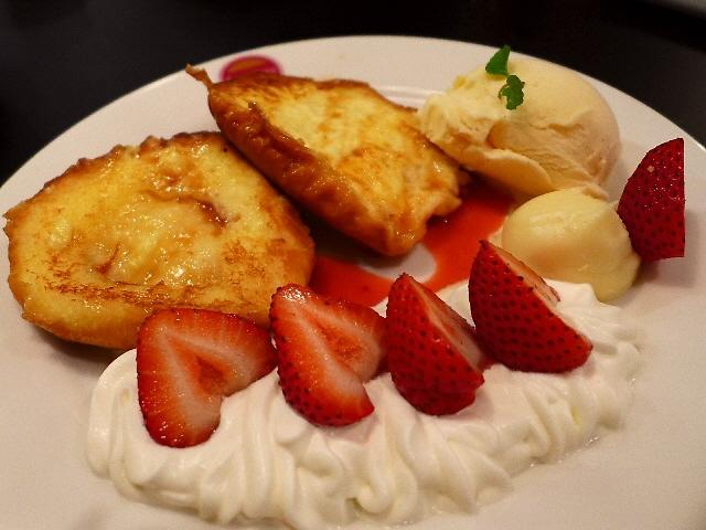 Mのディナー  アジアで大ブームのパン『ロティ』の専門店がオープン!夜はお酒が楽しめます!  三宮  「Roty's Roty(ロティズロティ)」