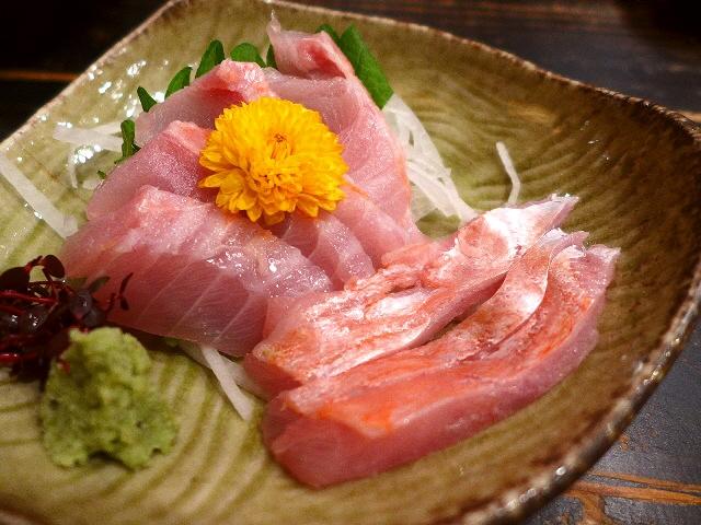 Mのディナー  新鮮な魚介類の品揃えが豊富の地元で大人気の居酒屋  緑地公園  「ととや」