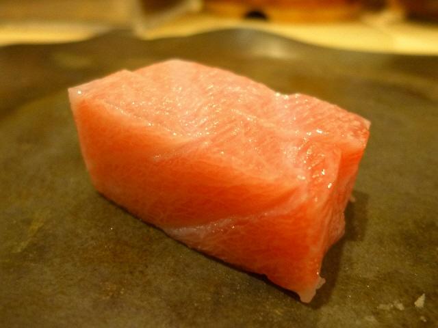 Mのディナー  抜群の素材でアテもお寿司も絶品です!  北新地  「鮨 廣見」