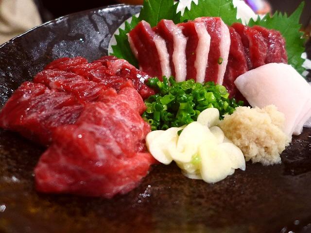 Mのディナー  新鮮な馬肉がリーズナブルにいただける大人気店!  福島区  「けとばし屋チャンピオン」