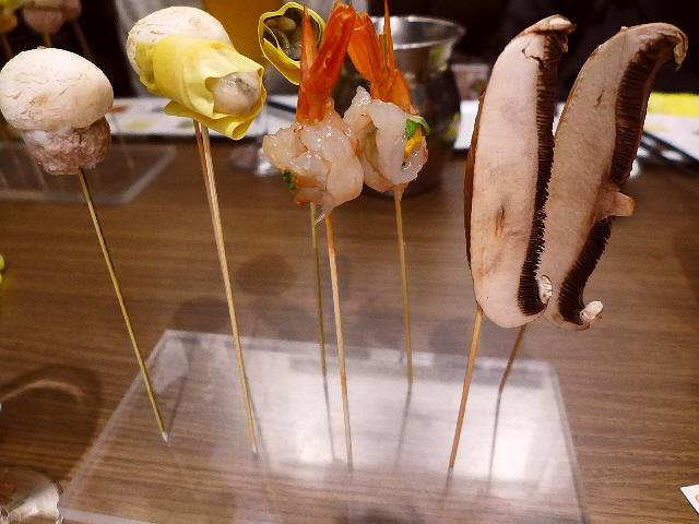 Mのディナー  美味しくて楽しいタパシャブが食べ放題で大満足!  NU茶屋町  「Tapa-shabu BeNe NU茶屋町」