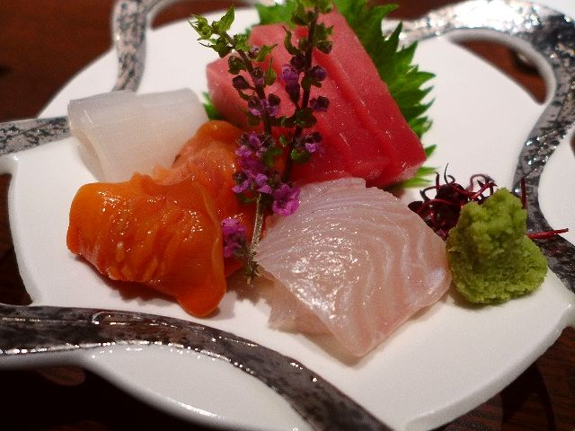Mのディナー 高級感溢れるお洒落な空間で本格創作串料理が楽しめます!   北新地  「句旨dining にしかわや BLACK」