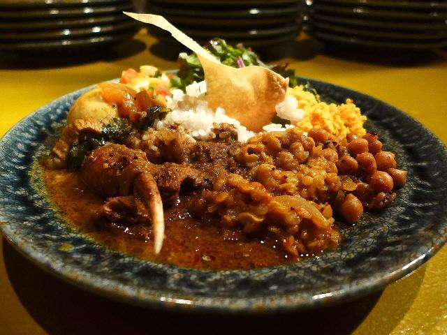 Mのディナー  本格スリランカ料理のビュッフェが楽しめます!  裏谷四  「currybar nidomi(カレーバー ニドミ)」