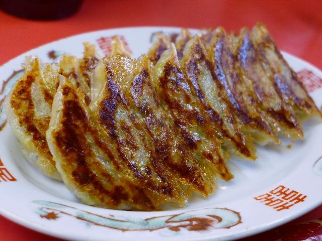 Mのディナー 念願の餃子!素晴らしくハイレベルな味わいに感動させていただきました! 大東市 「丸正餃子店 本店」