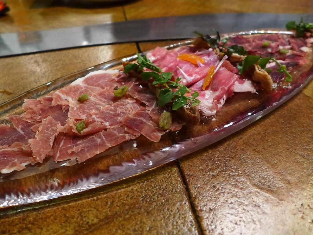 Mのディナー ピザも釜焼き料理も超ハイレベルで満足感が高すぎます! 京都市中京区 「エンボカ 京都」