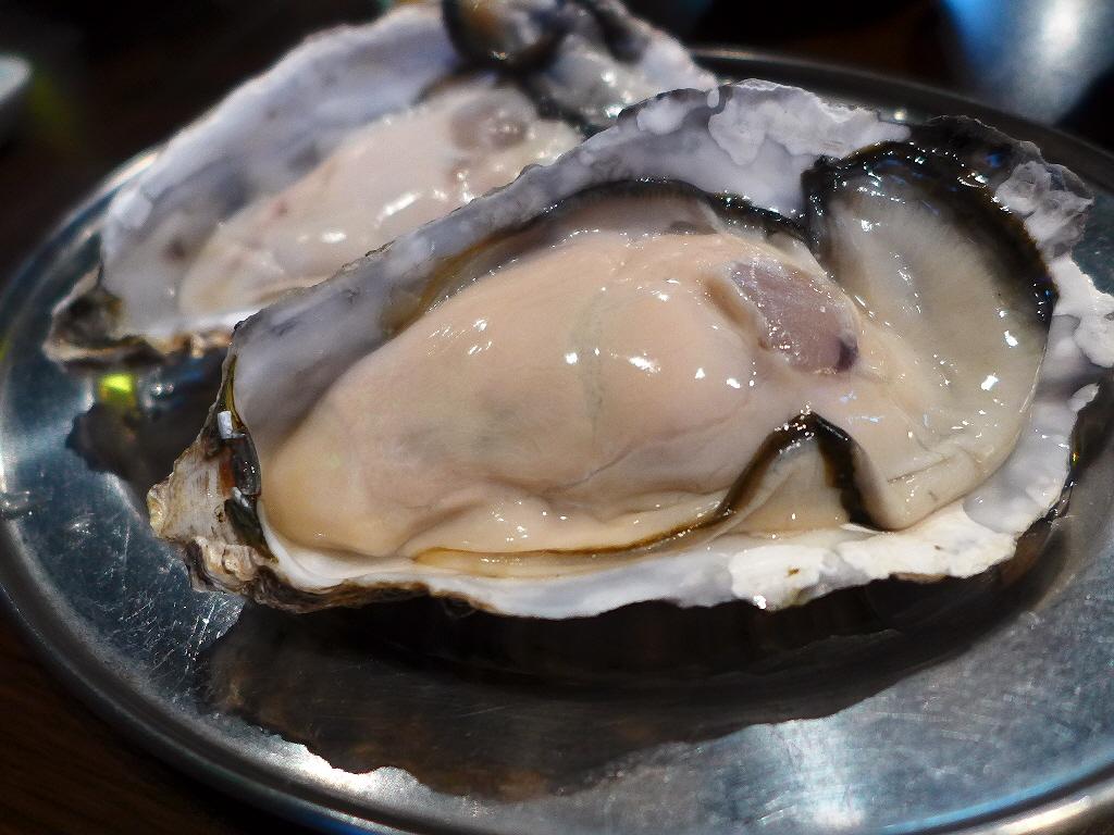 Mのディナー 鮮度抜群の絶品牡蠣と創作牡蠣料理に感動です! 阿倍野  「鉄板居酒屋 牡蠣 やまと」