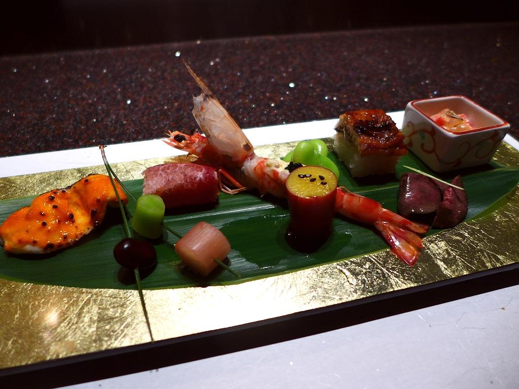 Mのディナー 上質の空間で高級鳥料理を堪能させていただけます! 北新地 「URABAN KARASAWA(ウラバンカラサワ)」