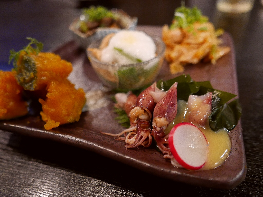 Mのディナー お洒落な空間で絶品おばんざいがいただける和バル! 心斎橋 「JAPANESE BAL KITSUNE」