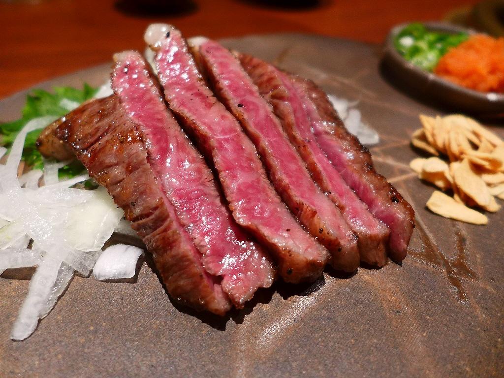 Mのディナー 徹底的にこだわった本物のお肉が感動的に旨いです! 江坂 「焼肉処 哲」