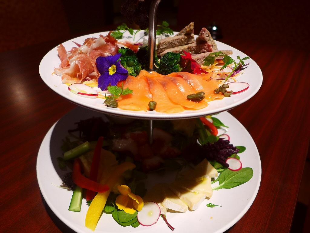Mのディナー 味も居心地も抜群!見た目にも楽しませてくれる肉イタリアン! 西区北堀江 「レストランcontact」