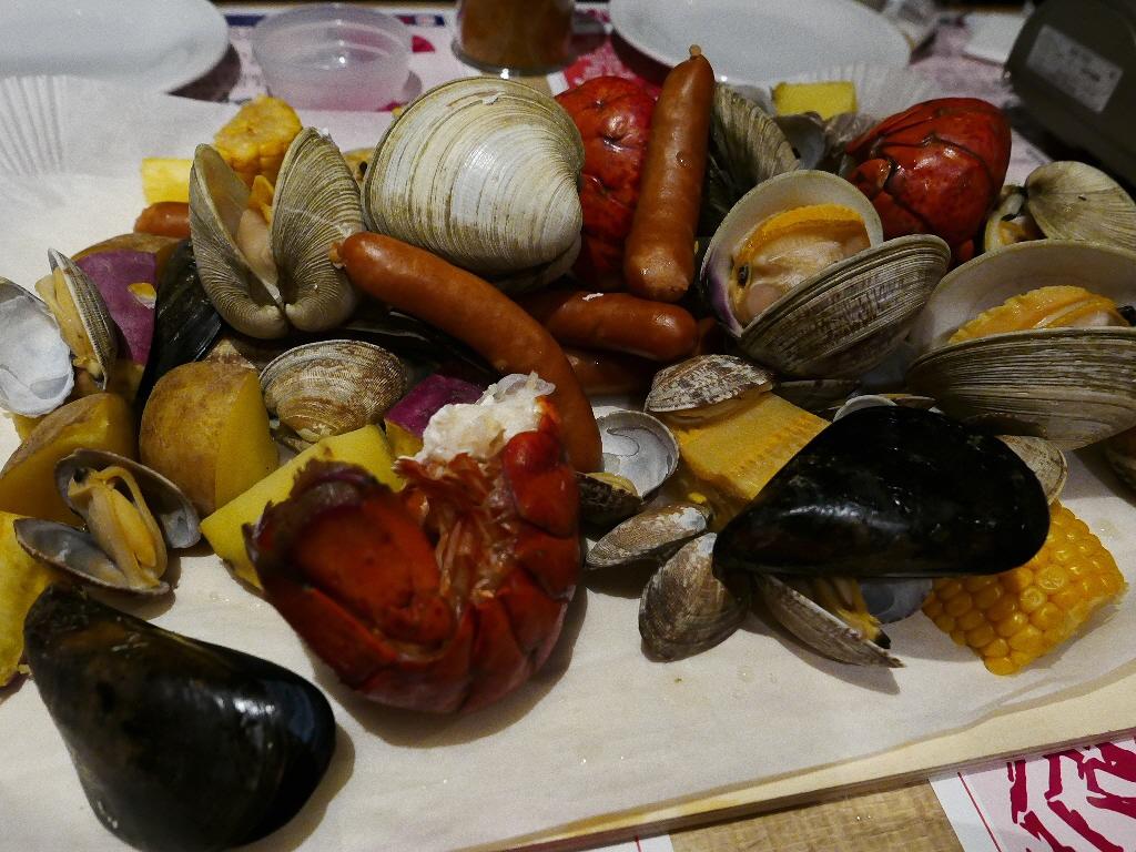 Mのディナー 日本初上陸のアメリカンなシーフード料理が楽しめるお店! 北浜 「BOSTON CLAM SHACK 北浜店」