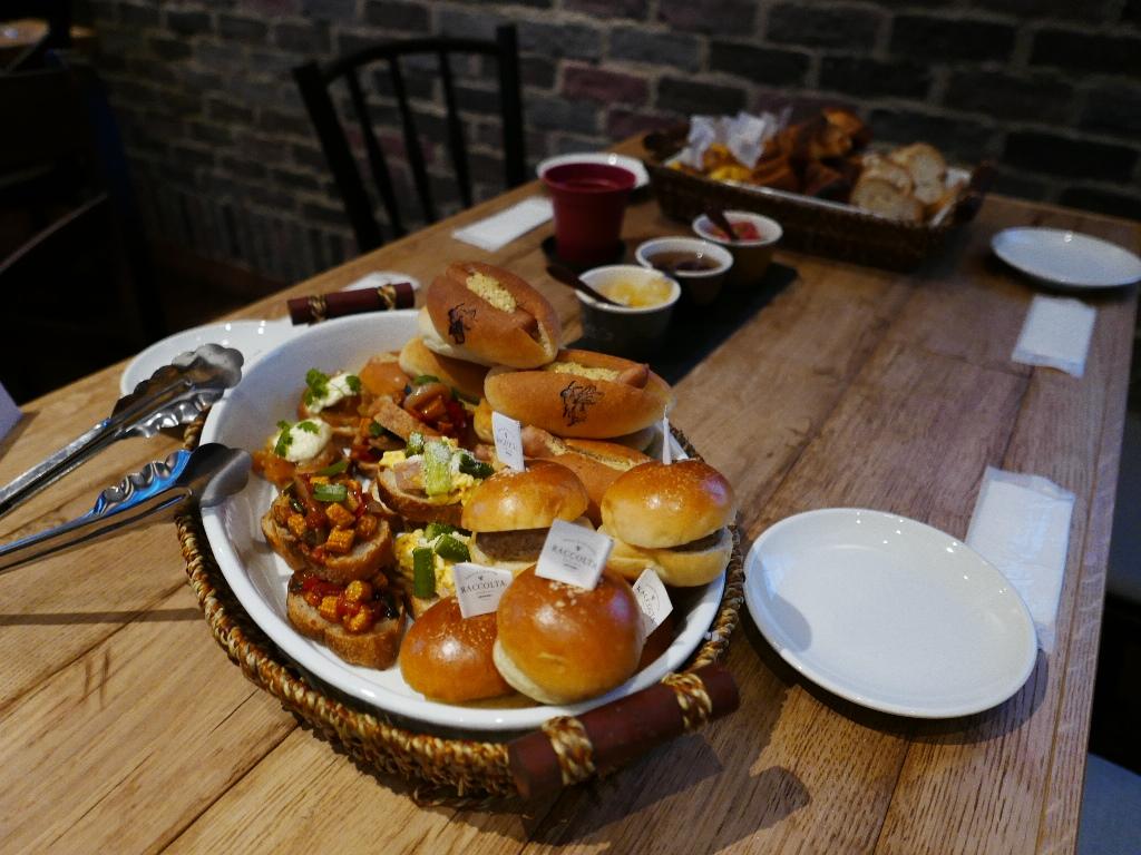 Mのディナー 豊中の住宅街にお洒落な大型カフェがオープンします! 豊中市 「Bakery&Cafe Dining RACCOLTA(ラコルタ)」