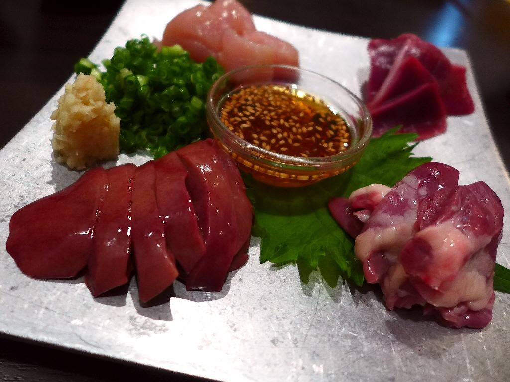 Mのディナー 鮮度抜群の大和肉鶏の美味しさに心から感動させていただけます! 福島区 「炭香T2(スミコウテツ)」