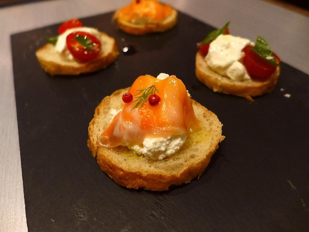 Mのディナー 濃厚チーズフォンデュが楽しめる素晴らしくお値打ちのカジュアルコース! 豊中市 「ラコルタ」
