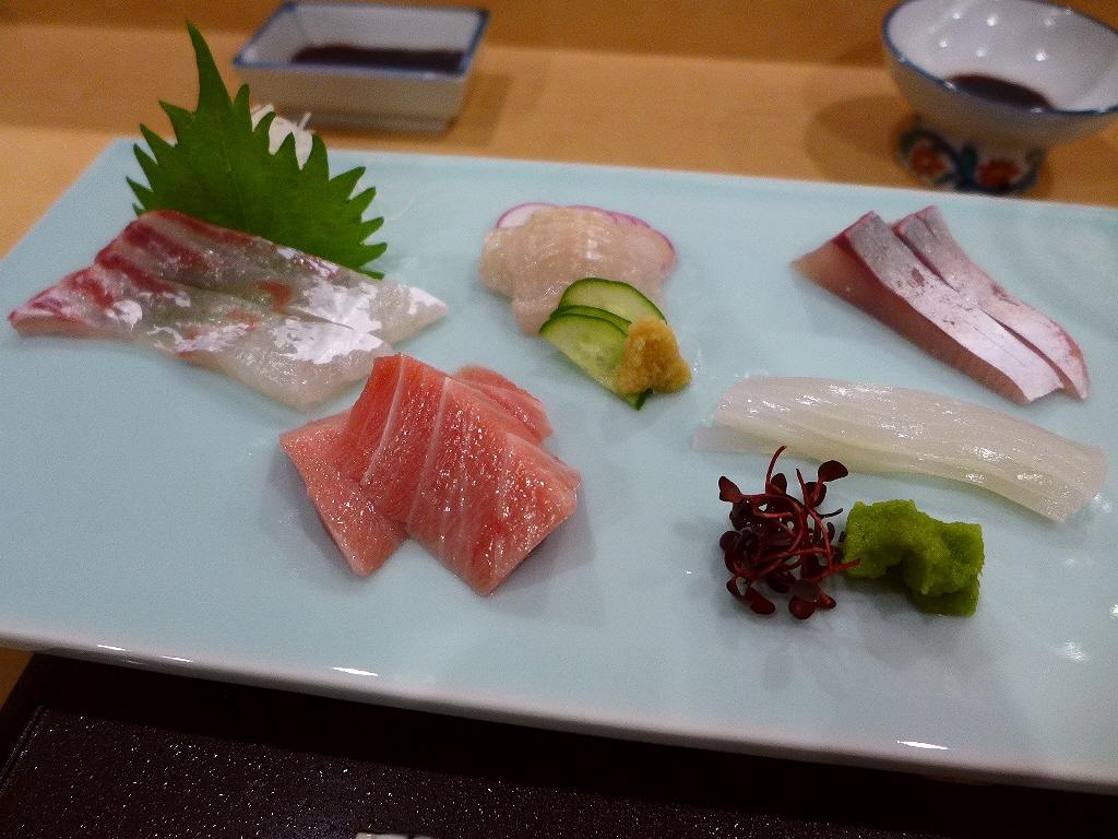 Mのディナー 明石の老舗お寿司屋さんのそのままの味が大阪でいただけます! 北新地 「鮨 大阪菊水 北新地店」