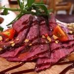 Mのディナー お洒落な空間でお肉料理とクラフトビールがお手軽に楽しめます! 梅田 「肉バル×クラフトビール Tree House Diner 梅田店」