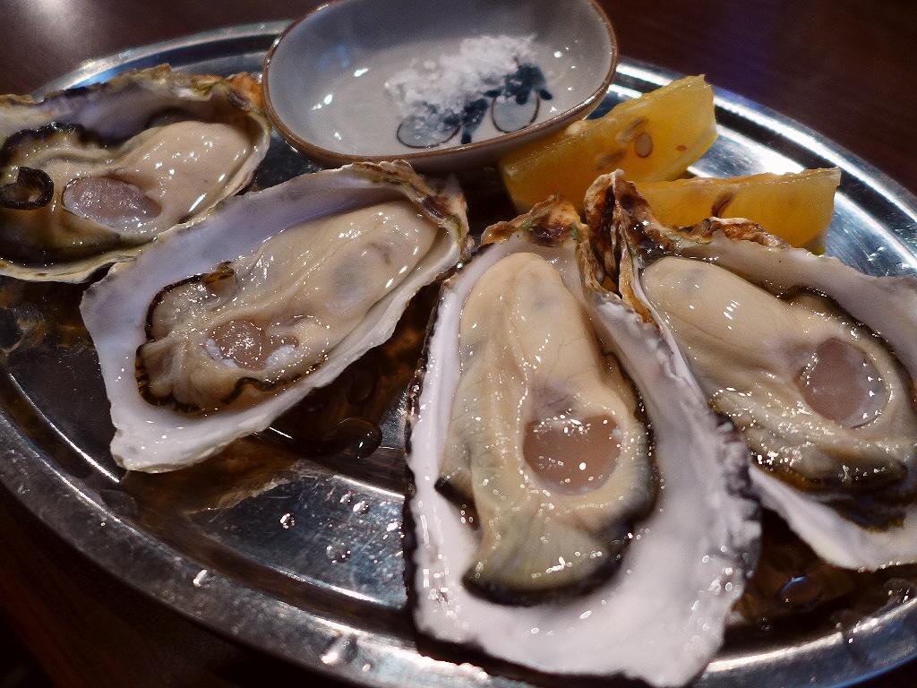 Mのディナー 一年中新鮮な牡蠣の様々な絶品料理が楽しめます! 阿倍野  「鉄板居酒屋 牡蠣 やまと」