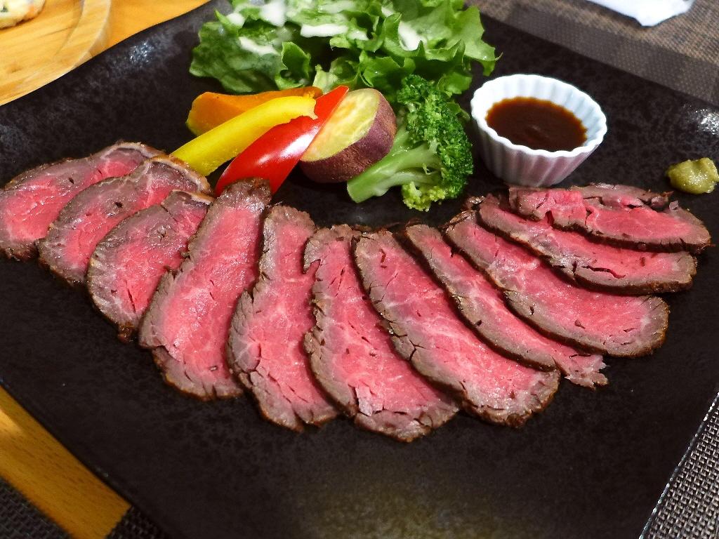 Mのディナー 厳選された淡路牛のこだわり料理がお手軽にいただける人気バル! 神戸市東灘区 「御影 クラクラ」