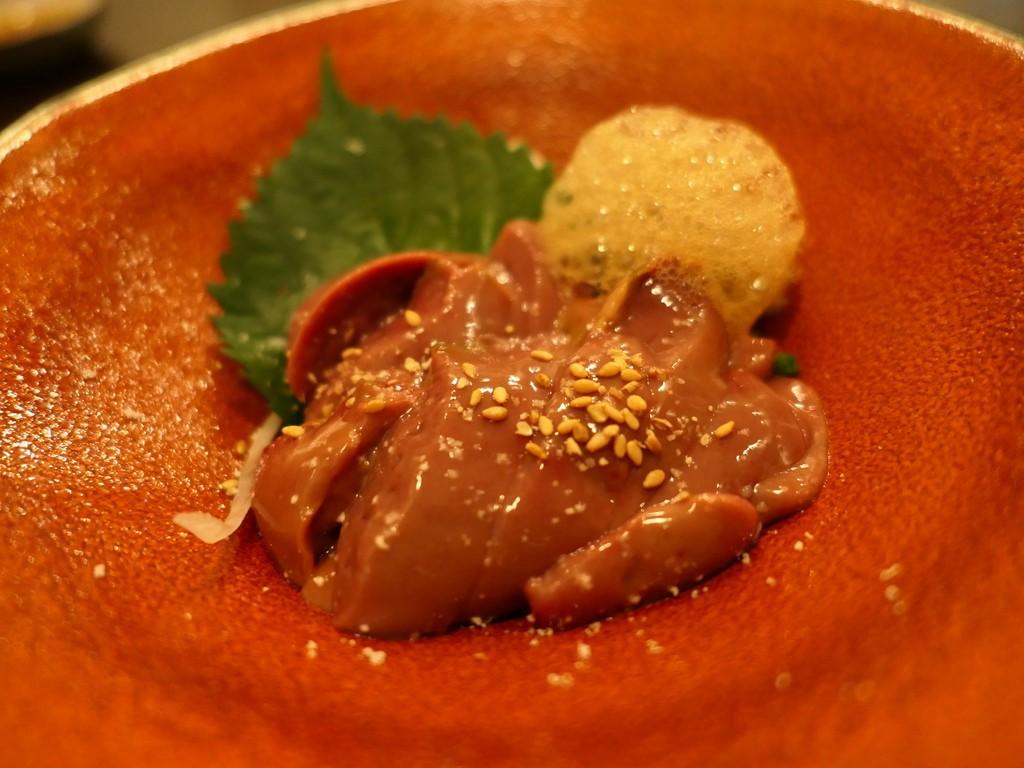 Mのディナー 大和肉鶏の様々な料理は何を食べても感動的に旨い大人気店! 福島区 「炭香T2(スミコウテツ)」