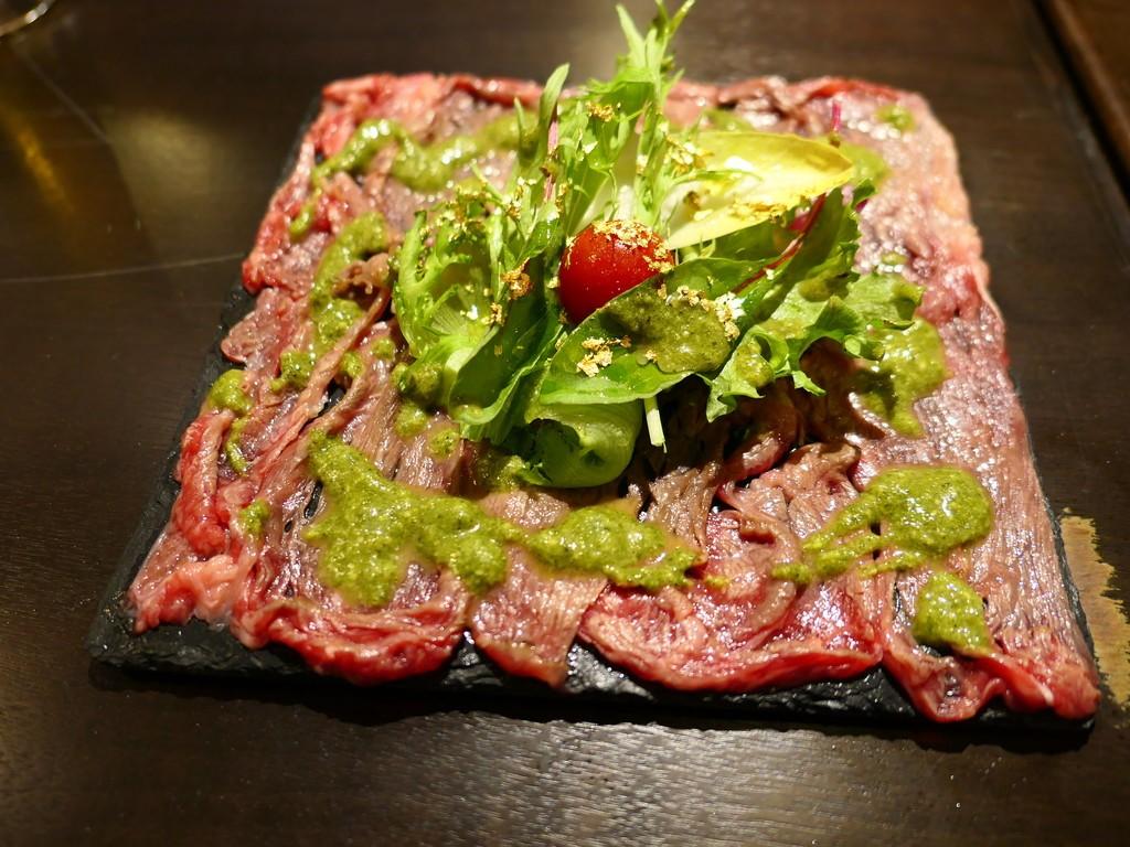 Mのディナー お肉料理もサイドメニューもとても美味しくて安い大人気の肉バル! 江坂 「肉バル AUGUS」