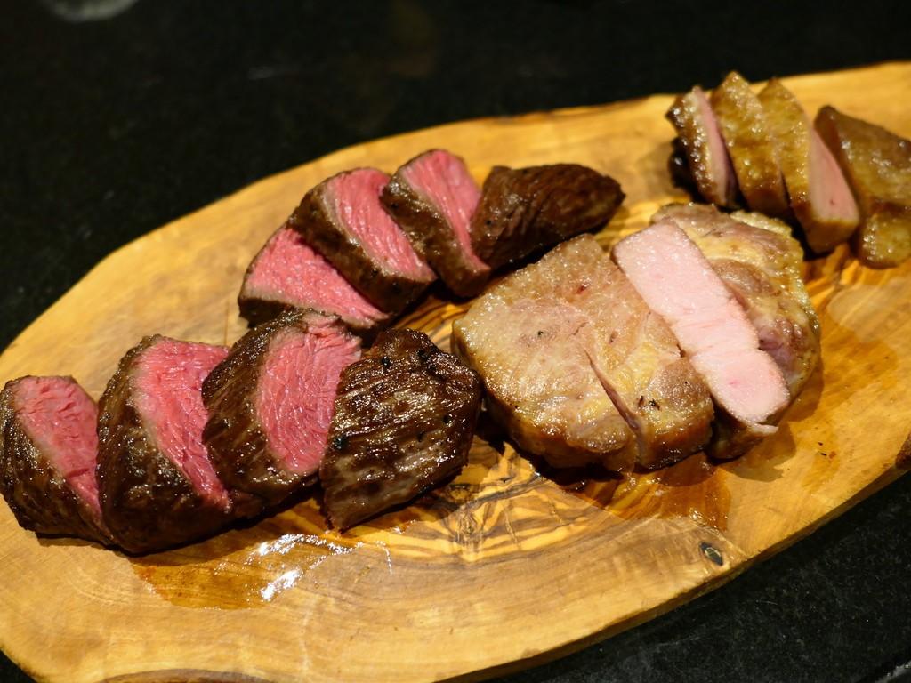 Mのディナー 手間暇かけた本物の熟成肉のステーキと本格イタリアンがいただけるお店がオープンしました! 北新地 「北新地 熟成肉 Bacco Aging bar」