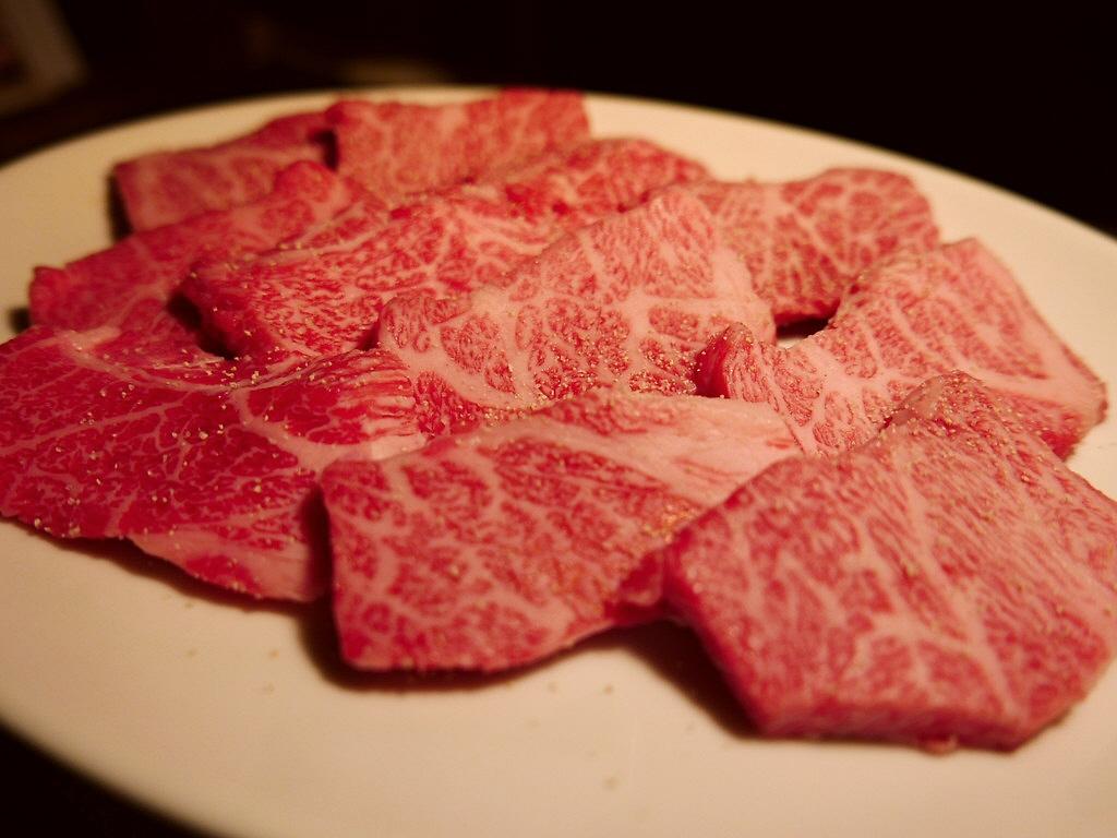 Mのディナー 黒毛和牛のA4・A5の霜降り肉が食べ放題の太っ腹なお店がオープンしました! 鶴橋 「神和牛」