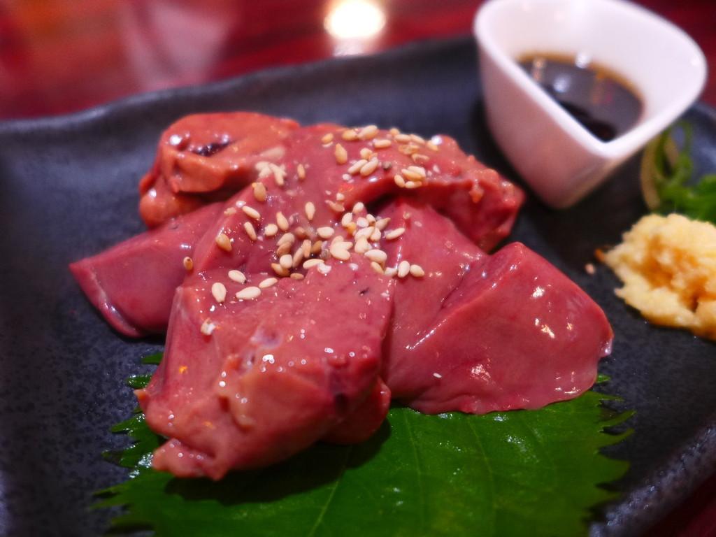 Mのディナー 鶏料理も宮崎郷土料理もラーメンも全てがとても美味しい大人気居酒屋! 西区立売堀 「鶏麺 宮崎郷土料理 どぎゃん 立売堀店」