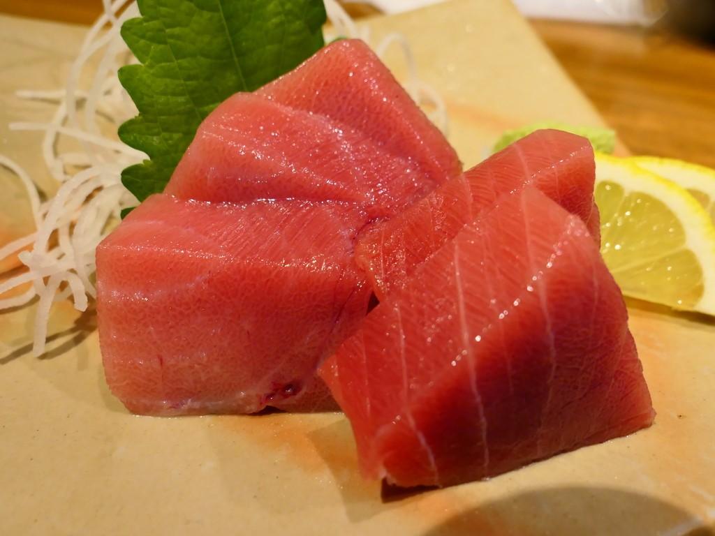 Mのディナー 抜群の品質の魚介類もドリンクも全てが安すぎる大人気居酒屋! 十三 「明石八 十三店」