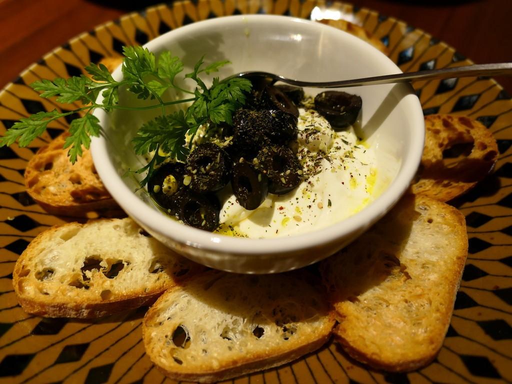 Mのディナー 異国情緒溢れる空間で本格的な中東料理が楽しめるお店がオープンしました!  心斎橋 「カフェ ボヘミア 心斎橋」